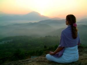 woman-meditation-on-hill-XSmall2